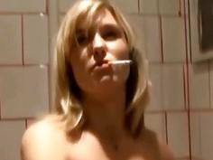 Drunk girl fist herself in a restroom